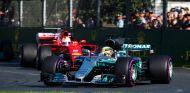 Hamilton y Vettel se enfrentaron por la victoria de la carrera - SoyMotor