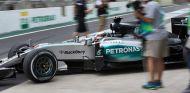 Lewis Hamilton, ayer en Brasil - LaF1