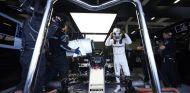 Hamilton debe remontar ocho puntos en seis carreras - LaF1