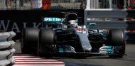 Hamilton saldrá decimotercero - SoyMotor.com
