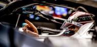 """Hamilton culpa a Ferrari del caos: """"Nos dejaron sin tiempo"""" - SoyMotor.com"""
