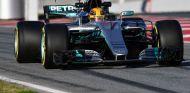 Hamilton completó 95 vueltas en la sesión vespertina - SoyMotor