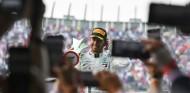Hamilton renovará con Mercedes hasta 2022, según prensa italiana - SoyMotor.com