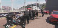 Lewis Hamilton, con problemas al inicio de la Q3 - laF1