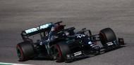 Hamilton gana un accidentado GP de La Toscana; podio de Albon - SoyMotor.com
