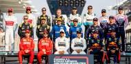 """Hamilton desvela que """"todos los pilotos"""" han llamado a Wolff para ir a Mercedes - SoyMotor.com"""