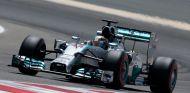 Lewis Hamilton en los test de Baréin - LaF1