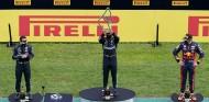 Hamilton no encuentra rival en el GP de Estiria; doblete de Mercedes - SoyMotor.com