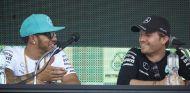 Hamilton y Rosberg en una imagen de archivo - SoyMotor