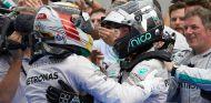 Chiesa cree que Hamilton se puede sentir desplazado en Mercedes - LaF1.es