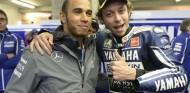 Monster quiere que Hamilton y Rossi cambien sus máquinas - SoyMotor.com