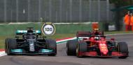 Wolff invita a Ferrari a la lucha por el título 2022 - SoyMotor.com