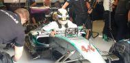 Hamilton ha comenzado en Spa cediendo terreno con Rosberg - LaF1