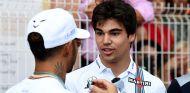Lewis Hamilton y Lance Stroll en Mónaco - SoyMotor.com