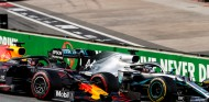 """Verstappen se ve en forma: """"Espero estar cerca de Mercedes"""" - SoyMotor.com"""