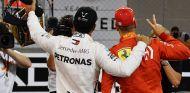 Lewis Hamilton y Sebastian Vettel tras la clasificación de Abu Dabi - SoyMotor