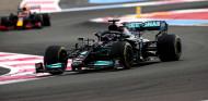 """Hamilton pierde la victoria a última hora: """"Los neumáticos no han aguantado"""" - SoyMotor.com"""