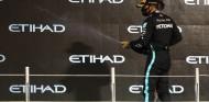 Hamilton será el primer 'Sir' en pilotar en Fórmula 1 - SoyMotor.com