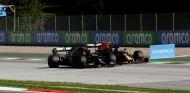 Hamilton, a cinco puntos de perderse una carrera - SoyMotor.com
