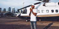 Lewis Hamilton en un helicóptero – SoyMotor.com