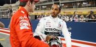 """Hamilton no cree que Ferrari sean """"imbatibles"""" en Sakhir – SoyMotor.com"""