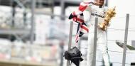 """Hamilton gana ante su público: """"Nunca te acostumbras a esto, parece la primera vez"""" – SoyMotor.com"""