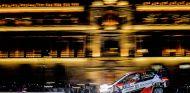 Juho Hanninen y Kaj Lindstrom en el Toyota Yaris WRC de Toyota Gazoo Racing  durante el Rally de México - SoyMotor.com