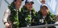 Timo Bernhard, Earl Bamber y Brendon Hartley en Le Mans - SoyMotor.com