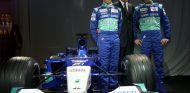 Nick Heidfeld y Kimi Räikkönen en Sauber - SoyMotor.com