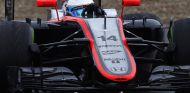 El MP4-30 en Jerez - LaF1.es