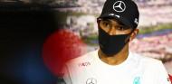 """Horner, sobre Hamilton: """"Lo más mínimo puede hacer que se pierda un GP"""" - SoyMotor.com"""
