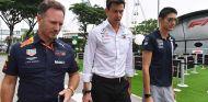 Christian Horner, Toto Wolff y Esteban Ocon en Singapur - SoyMotor