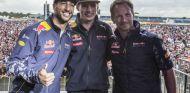 "Verstappen y Ricciardo no se irán de Red Bull ""a ningún precio"" - SoyMotor.com"