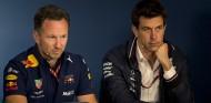 Verstappen propone una velada de boxeo entre Wolff y Horner - SoyMotor.com