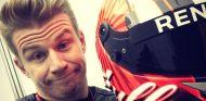 Hülkenberg elige el rojo para su nuevo casco