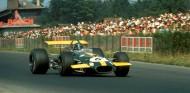 Jacky Ickx con el Brabham BT26 en Nürburgring - SoyMotor.com