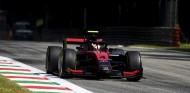 Ilott, Pole en Monza en una clasificación con accidente de Mick Schumacher - SoyMotor.com