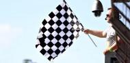 La F1 venderá espacios en las banderas a cuadros con fines benéficos - SoyMotor.com