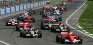 Imagen de archivo de la salida del Gran Premio de Imola de 2006 - LaF1