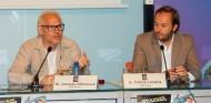 Jacques Villeneuve y Patrick Lemarié, hoy en Barcelona - SoyMotor