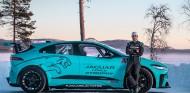 El Jaguar I-Pace del Etrophy desafía al frío extremo en Laponia - SoyMotor.com