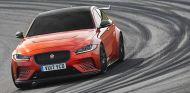 Jaguar XE SV Project 8: a por el récord en Nürburgring - SoyMotor.com