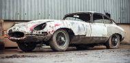 Un Jaguar e-type destrozado - SoyMotor.com