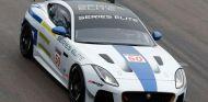 Jaguar prepara las 'Series Elite' para pilotos de más de 50 años - SoyMotor.com