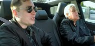 Elon Musk y Jay Leno en el Tesla Cybertruck - SoyMotor.com