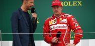 Jenson Button y Kimi Räikkönen en Silverstone - SoyMotor.com