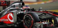 Jenson Button en el McLaren MP4-28 - LaF1