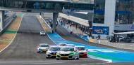 Chema Reyes impresiona en Jerez con debut y victoria