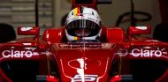 Sebastian Vettel con el nuevo diseño de su casco en Jerez - LaF1