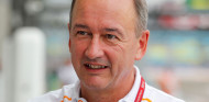 Jonathan Neale dejará el Grupo McLaren este año - SoyMotor.com